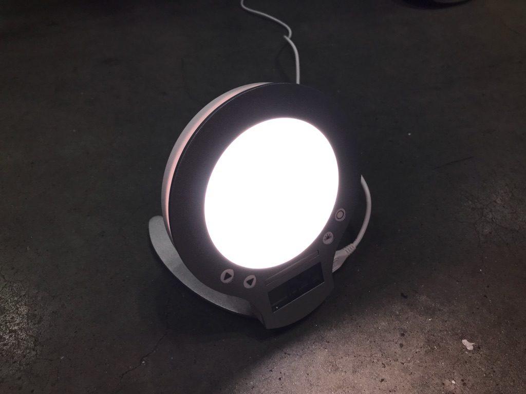 inti4のライト
